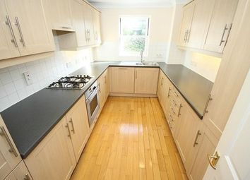 Thumbnail 2 bed flat to rent in Belmont Hill, Lewisham
