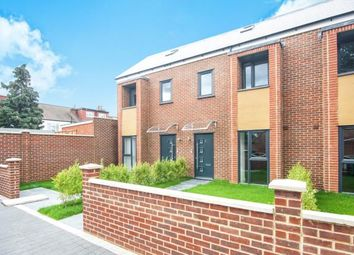 Thumbnail 5 bed terraced house for sale in London Na
