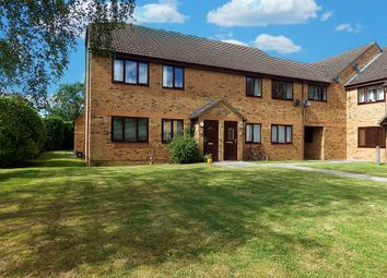 Thumbnail 1 bed flat to rent in The Larches, Carterton, Oxfordshire