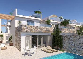 Thumbnail 3 bed villa for sale in Spain, Alicante, Los Alcazares