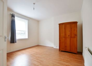 Thumbnail 2 bed flat for sale in Gordon Street, Paisley