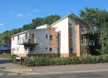 Thumbnail 2 bedroom flat to rent in Imber Cross, Thames Ditton