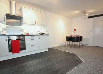 Thumbnail 1 bed flat to rent in Sussex Road, South Croydon, Surrey
