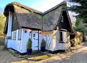 Portsmouth Road, Esher KT10. 2 bed detached house for sale