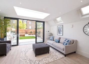 5 bed terraced house to rent in Glendun Road, Acton, London W3