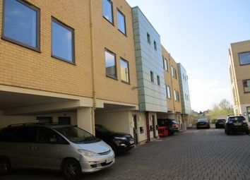 Thumbnail Office to let in Hawthorn Business Park, Granville Road, London