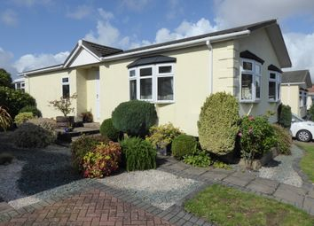 Thumbnail 2 bed mobile/park home for sale in Wykeham Park, Alresford, Winchester, Hampshire