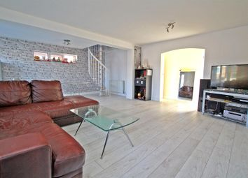 Thumbnail 3 bed property for sale in Briarwood Avenue, Nottingham