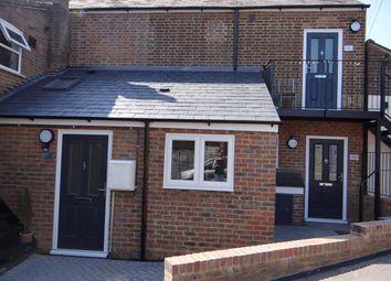 Thumbnail Flat to rent in Waterside, Chesham