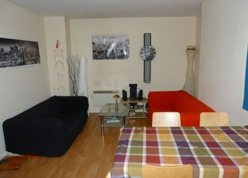Thumbnail 4 bed flat to rent in St. Mary Street, Cardiff
