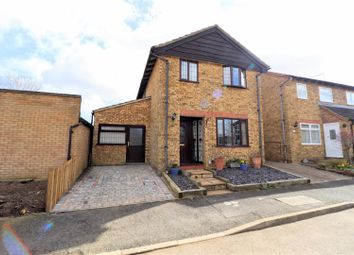 4 bed property for sale in Martel Close, Northampton NN5