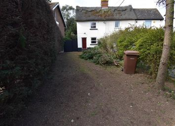Thumbnail 2 bed cottage to rent in Heath Road, Orsett, Grays