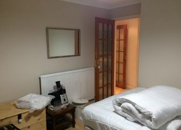 Thumbnail Room to rent in The Avenue, Claverton Down, Claverton Down, Bath, Somerset