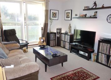 1 bed flat for sale in Ferry Court, Cardiff CF11