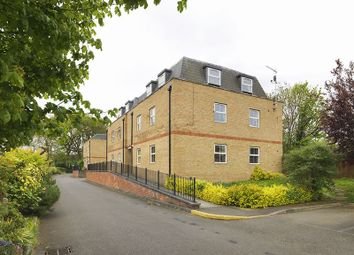 Thumbnail 2 bedroom flat for sale in Summer Crossing, Thames Ditton
