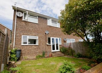 Thumbnail 2 bed flat for sale in Lime Grove, Alton, Hampshire