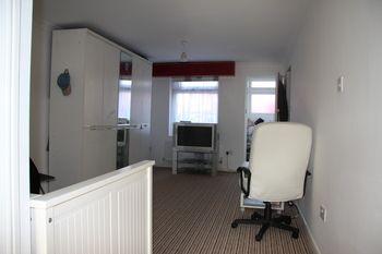 Thumbnail 1 bed flat to rent in Gresham Drive, Chadwell Heath, Romford