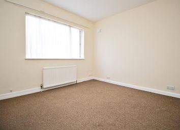 Thumbnail 2 bedroom maisonette to rent in Fairway Avenue, Borehamwood