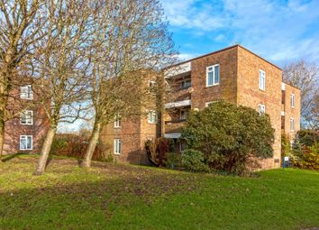 Romany Road, Worthing BN13. 2 bed flat for sale