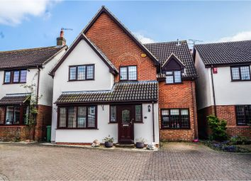 Thumbnail 4 bed detached house for sale in Shinfield Close, Steeple Claydon