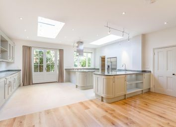 Thumbnail 5 bed property to rent in Poplar Grove, London