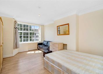 Thumbnail 3 bed flat to rent in Leigham Avenue, London