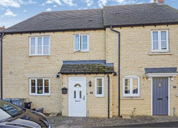 2 bed terraced house for sale in Tamarisk Crescent, Carterton OX18