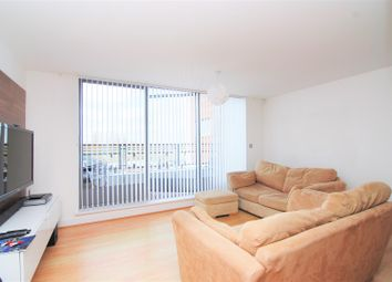 Thumbnail 1 bedroom flat to rent in The Bittoms, Kingston Upon Thames