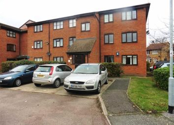 Thumbnail 2 bedroom flat for sale in Falcon Avenue, Grays