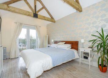 Brock Hill, Winkfield., Berkshire RG42. 2 bed detached house