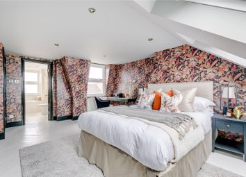 Mablethorpe Road, London SW6. 3 bed terraced house for sale