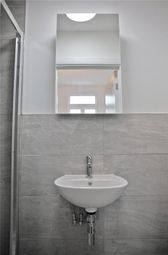 Thumbnail 1 bed flat to rent in 117 High Road, Wood Green, London