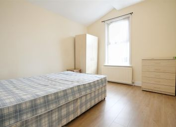 Thumbnail Property to rent in Burns Road, London