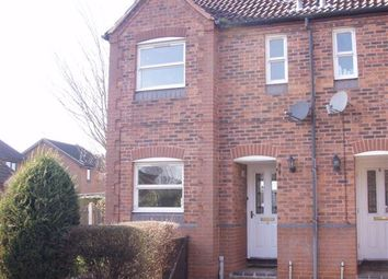Thumbnail 2 bed town house to rent in Coltsfoot Close, Scunthorpe