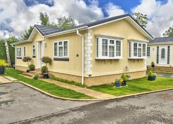 Thumbnail 2 bed mobile/park home for sale in Park Lane Meadows, Park Lane, Godmanchester, Huntingdon