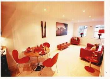 Thumbnail 1 bed flat to rent in Sussex Street, Winchester