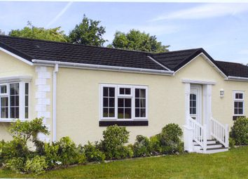 Thumbnail 2 bedroom mobile/park home for sale in Drayton Hall Park, Drayton, Norwich