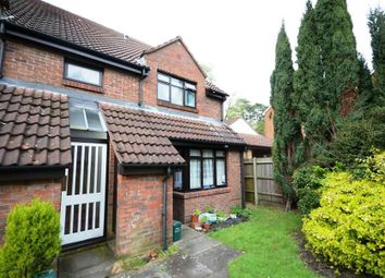 Thumbnail 1 bedroom maisonette to rent in Gordon Road, Camberley