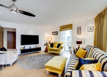 3 bed flat for sale in Woodberry Grove, London N4