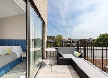 Thumbnail 4 bed flat for sale in The Avenue, Queens Park, London