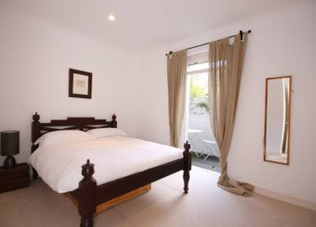 Thumbnail 2 bedroom flat for sale in Oxford Gardens, North Kensington