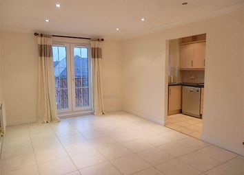 Thumbnail 2 bed flat to rent in Shillingford Close, London