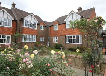 Thumbnail 2 bed property for sale in Rue De Bayeux, Battle, East Sussex