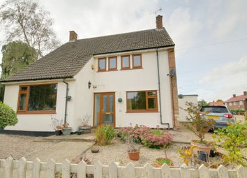 Thumbnail 4 bed detached house for sale in High Street, Roydon, Essex