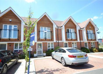 Kensal Green Drive, Maidenhead, Berkshire SL6. 2 bed terraced house