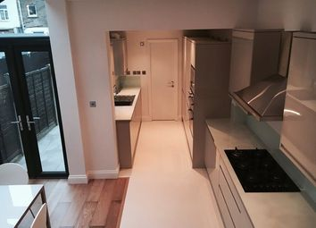 Thumbnail Room to rent in Lowden Road, London