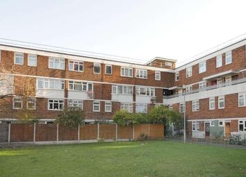 Thumbnail 3 bed flat to rent in Weymouth Terrace, London