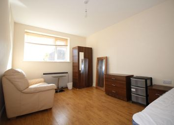 Thumbnail Room to rent in Market Place, Stevenage
