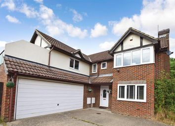 Thumbnail 5 bed detached house for sale in Saunders Close, Uckfield, East Sussex