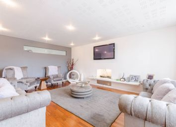 Thumbnail 6 bed detached house for sale in Albion Hill, Loughton